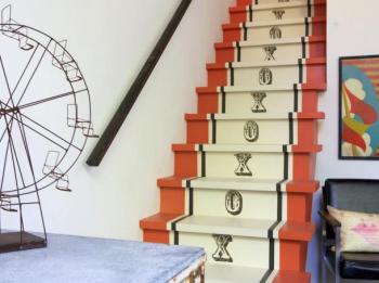 Paint Stairs, Paint Stairs Ideas, Paint Stairs DIY, Paint Stairs White, Paint Stairs Black, Home Improvement, Home Improvement Tips, Home Improvement Tricks