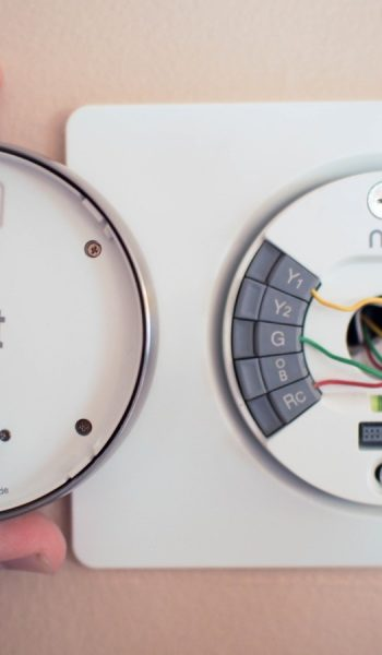 How to Replace Your Own Thermostat| Replace Your Thermostat, How to Replace Your Thermostat, Easily Replace Your Thermostat, Home, Home Improvements, Easy Home Improvements, Home Improvement Projects, #HomeImprovement #Thermostat #EasyHomeImprovement