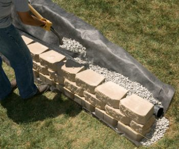 Build an EASY DIY Retaining Wall  Retaining Wall Ideas, Retaining Wall Projects, Retaining Wall Ideas Hillside, Retaining Wall Ideas Cheap, Outdoor DIY, Landscape, Landscaping