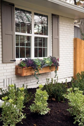 12 DIY Curb Appeal Ideas on a Budget-Font yards window boxes