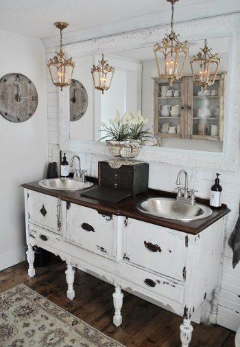 DIY Vanity For a Farmhouse Bathroom   Farmhouse Bathroom   Farmhouse Bathrrom Vanity   DIY Vanity   DIY Farmhouse Bathroom Vanity