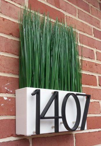 DIY Modern Address Plaques | Modern Address Plaques | DIY Address Plaques | Make Your Own Address Plaque | Curb Appeal | Home Decor