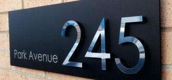 DIY Modern Address Plaques | Modern Address Plaques | DIY Address Plaques | Make Your Own Address Plaque | Curb Appeal | Home Decor