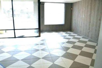 Painted Mosaic Floor Tiles | Painted Mosaic Tiles | Mosaic | Mosaic Floor | Mosaic Floor Ideas | Painted Mosaic Floor Ideas | Painted Mosaic Floor Design