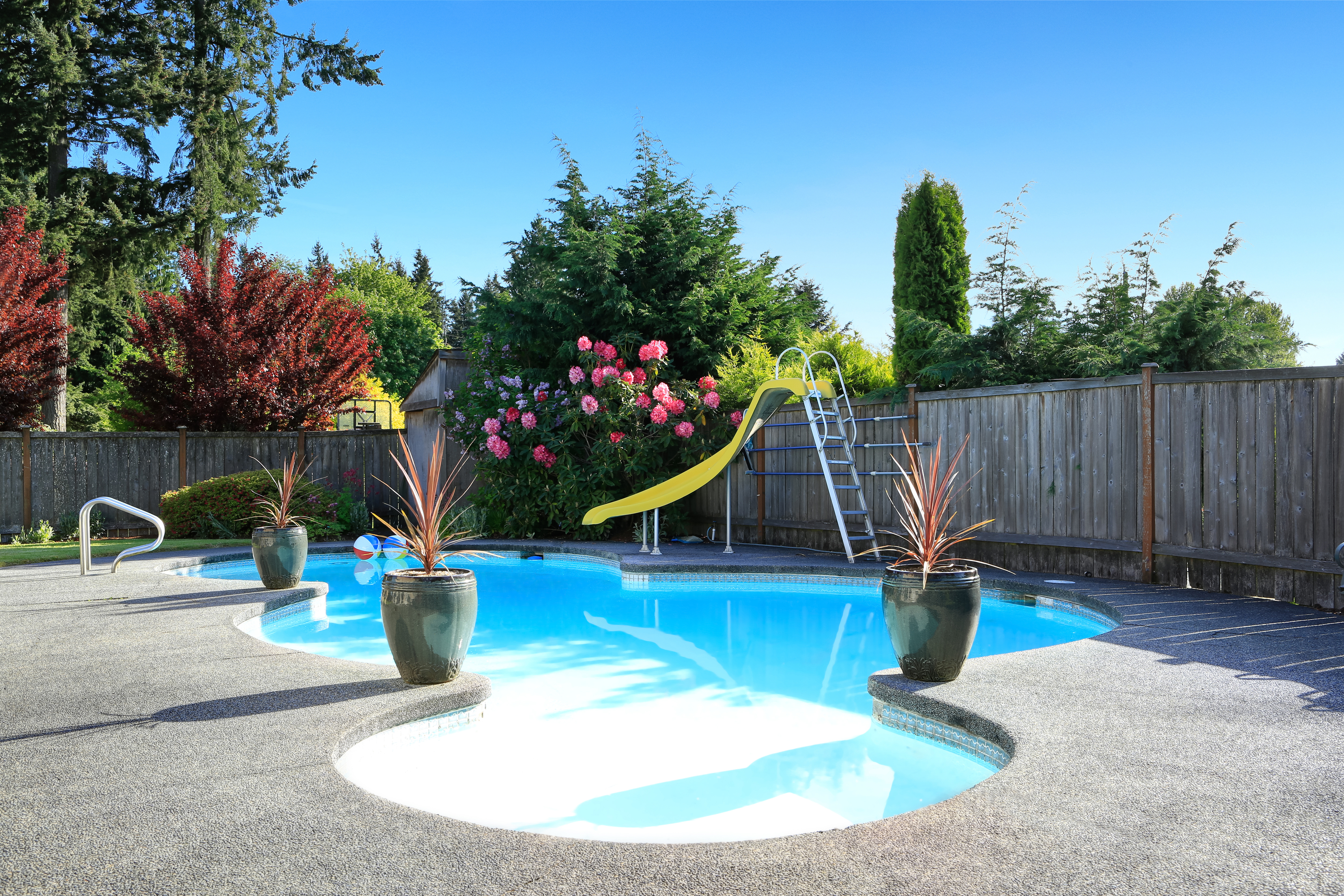 pool | swimming pool | swimming pool designs | pool designs | outdoor living | summer | warm weather | backyard | backyard design