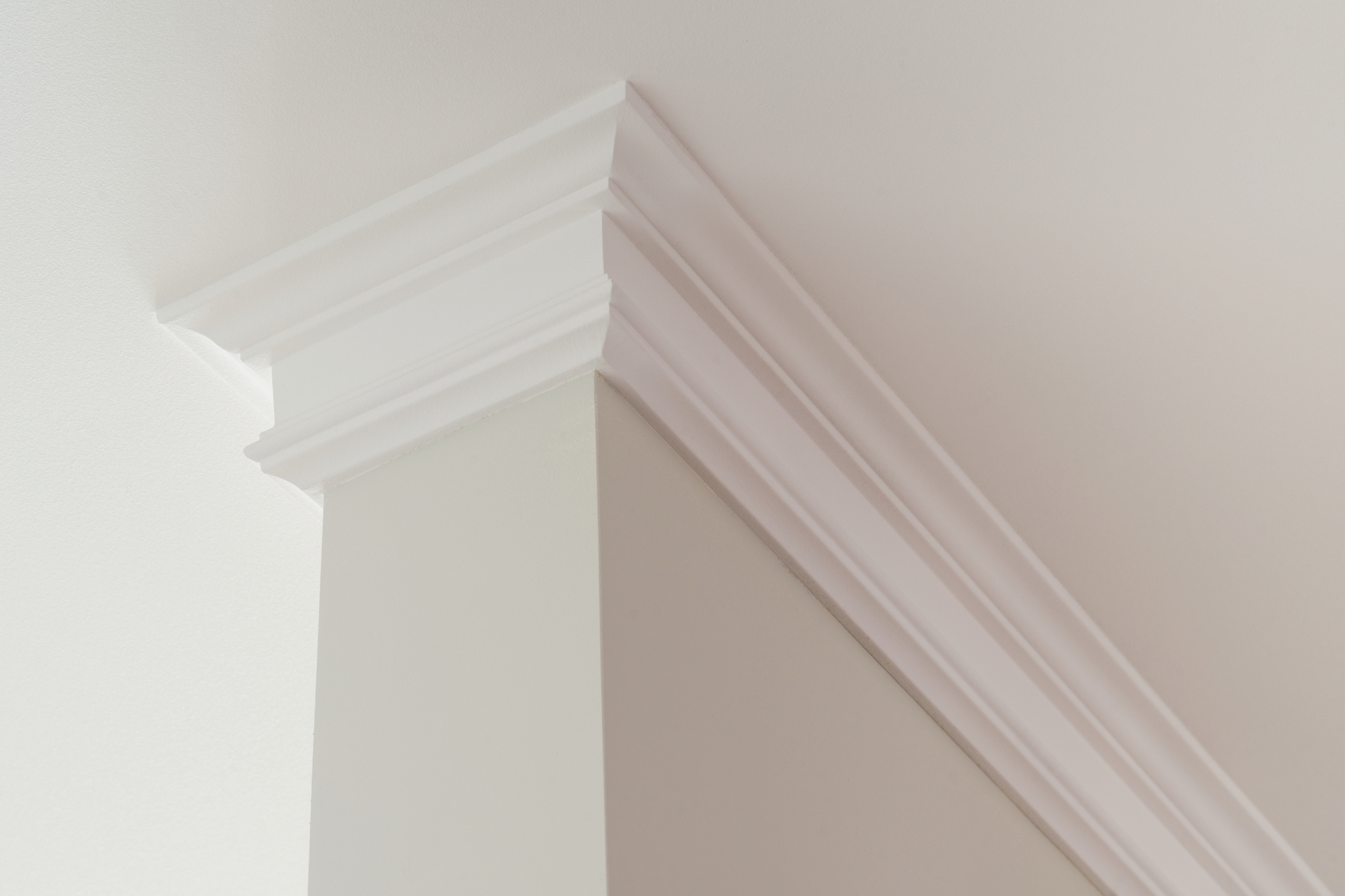 cut crown molding | how to | how to cut crown molding | crown molding | woodwork | home design | molding