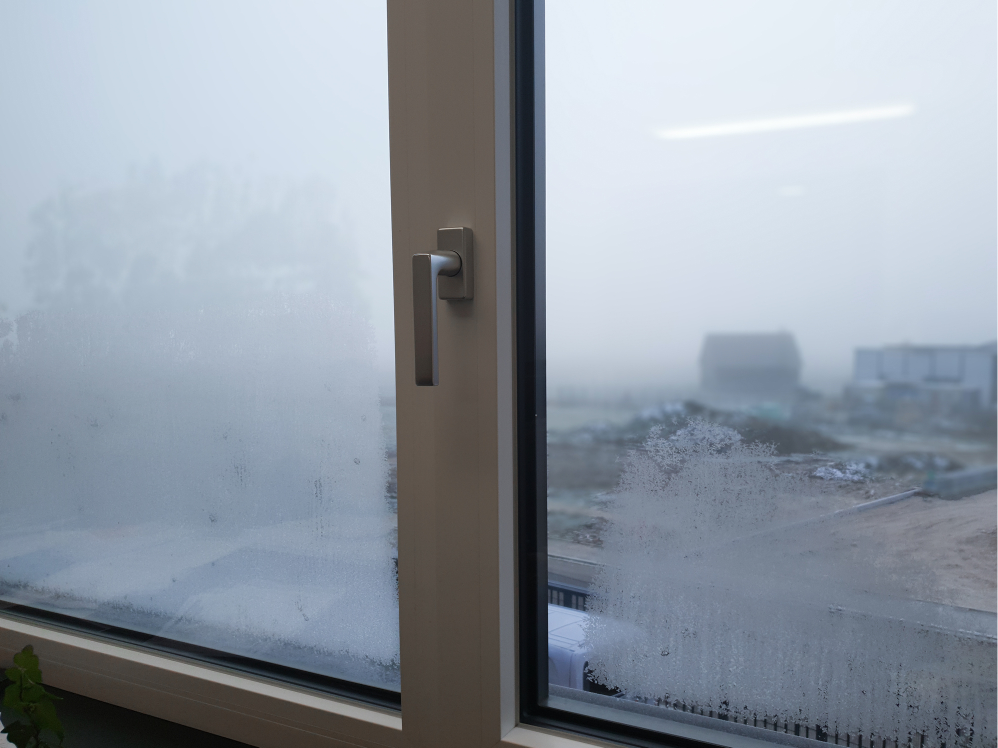 foggy windows | how to fix foggy windows | diy | diy projects | home improvement | home improvement projects | how to fix windows | windows | how to | condensation | how to fix condensation | how to fix condensation in windows