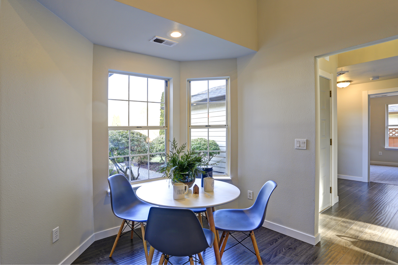 nooks | eating nooks | breakfast nooks | kitchens | kitchen designs | design | diy | diy projects