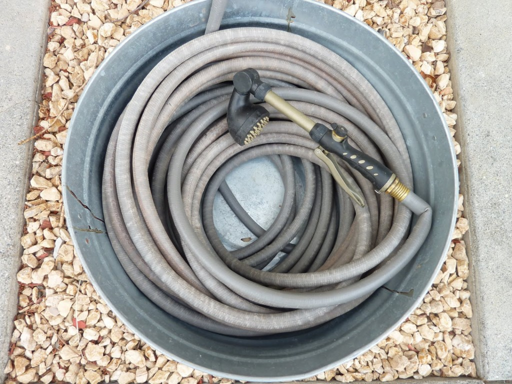 garden hoses | hoses | gardens | gardening | winter | winter preparation | fall