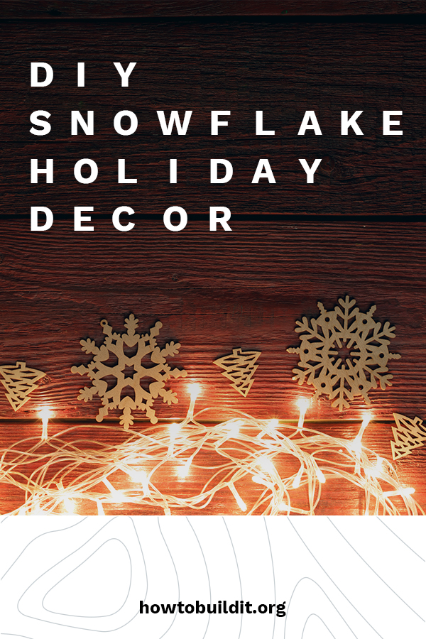 What would the holiday season be without snow? Whether you live in what feels like the North Pole or a warmer climate, you can guarantee a white Christmas with our DIY Snowflake holiday decor ideas. Learn ideas for ornaments, wreaths, garlands, and more. What are you waiting for? Make it snow at your place today. #DIYsnowflake #DIYholidaydecor