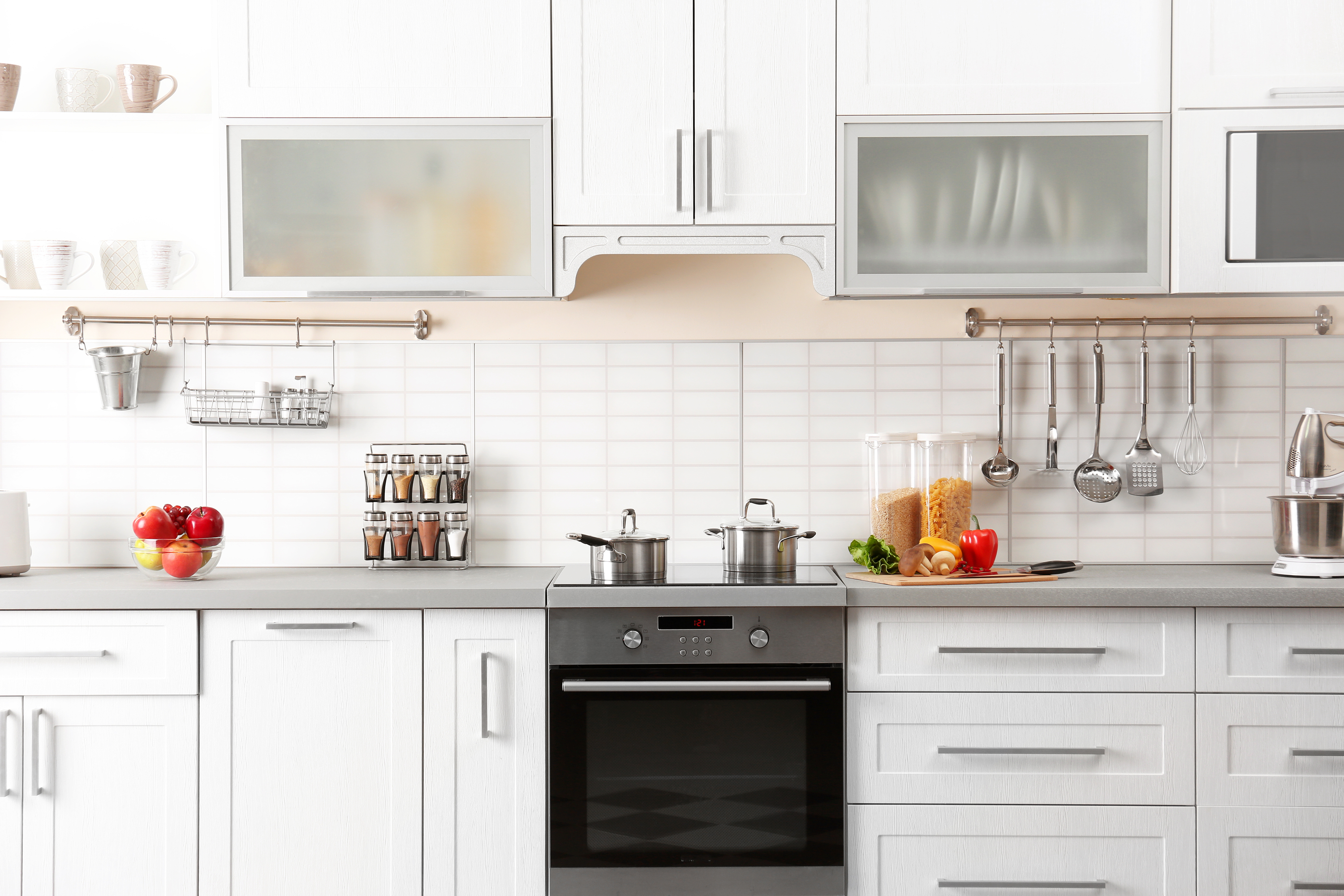 Are you planning on updating your kitchen? These amazing frugal kitchen updates will have your kitchen looking incredible in no time.