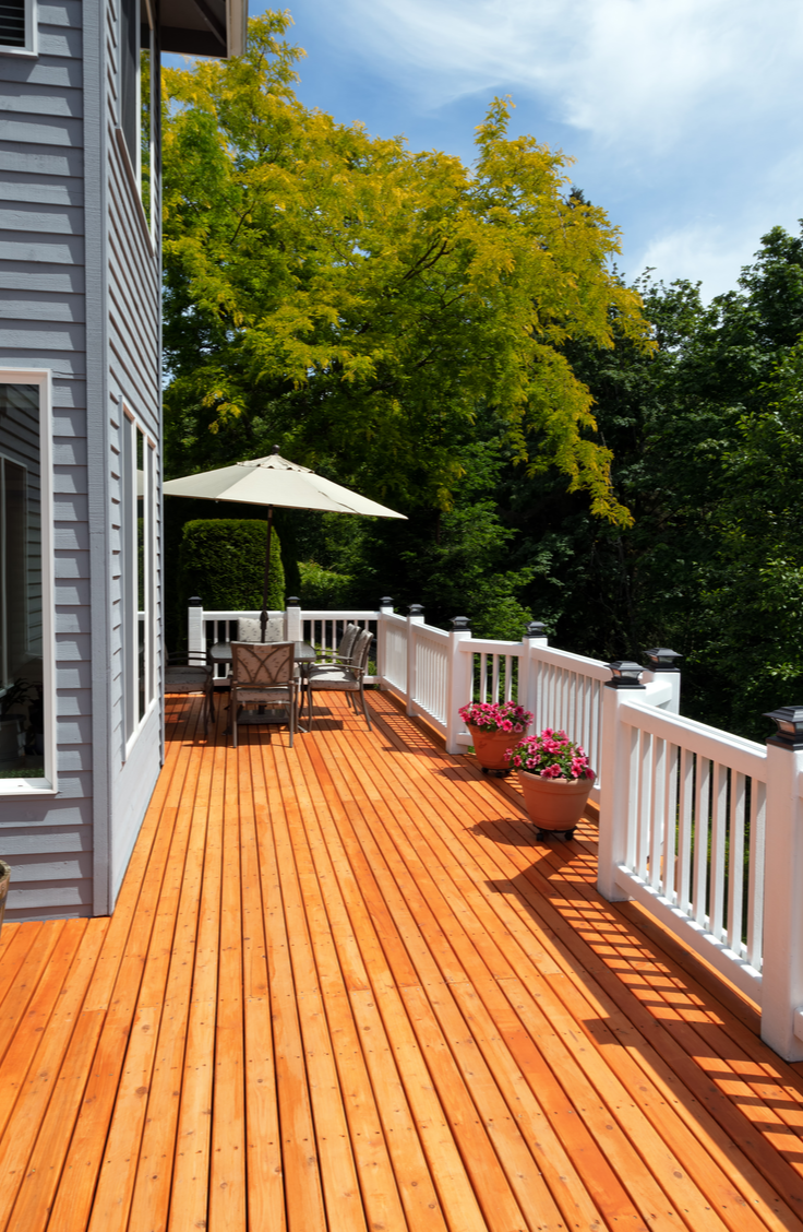 Summer is here and it's time to renovate that deck of yours! It doesn't matter what kind of budget you are on, these DIY deck renovation ideas are great for all!